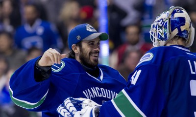 NHL: FEB 16 Wild at Canucks
