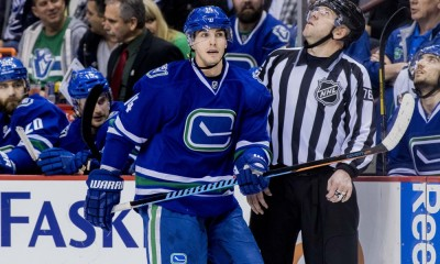NHL: MAR 17 Flyers at Canucks