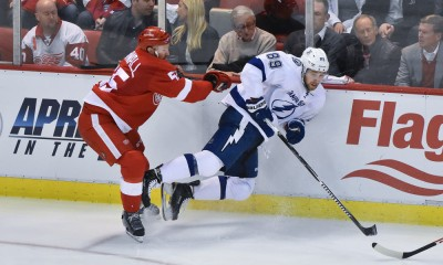 NHL: APR 21 Round 1 - Game 3 - Lightning at Red Wings