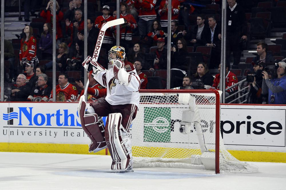 NHL: APR 23 Western Conference Quarter-finals - Coyotes at Blackhawks - Game 6