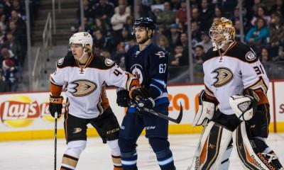 NHL: DEC 07 Ducks at Jets