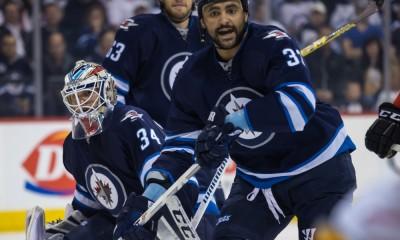 NHL: APR 11 Flames at Jets