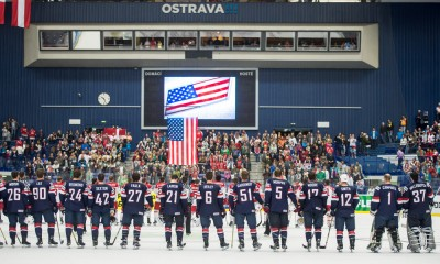 Ostrava, 8.5.2015, Ice Hockey IIHF World Championships, USA - Denmark, Team USA with national flag****NO AGENTS----NORTH AND SOUTH AMERICA SALES ONLY----NO AGENTS----NORTH AND SOUTH AMERICA SALES ONLY****