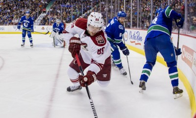 NHL: DEC 22 Coyotes at Canucks