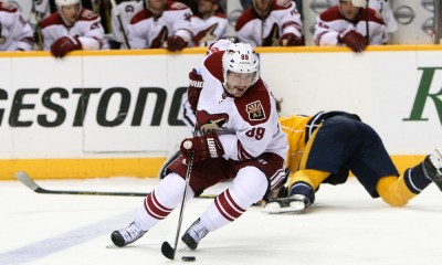 October 21, 2014: Arizona Coyotes left wing Mikkel Boedker (89) skates with the puck during the NHL game between the Nashville Predators and the Arizona Coyotes, held at Bridgestone Arena in Nashville, Tennessee.  ***Editorial Use Only***