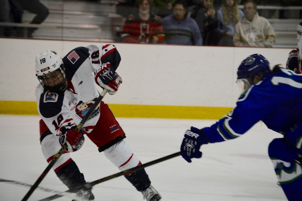 Meghan Fardelmann at NWHL Connecticut Whale at New York Riveters. Mandatory Photo Credit: Kaitlin S. Cimini