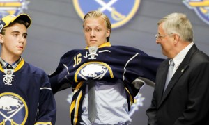 June 24, 2016: Alexander Nylander dons his Sabres sweater after he was selected by Buffalo as the 8th pick in the first round of the 2016 NHL Entry Draft at First Niagara Center in Buffalo, NY (Photo by John Crouch/Icon Sportswire.)